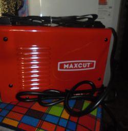 Инвертор Maxcut MC180 новый