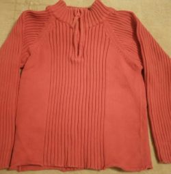 Blouse on child 4 years