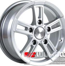 Колесные диски SKAD Тор 8x18 PCD 6x139.7 ET 25 DIA 106.2 Селена