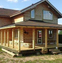 Proiecte de case cu verandă și terasă.