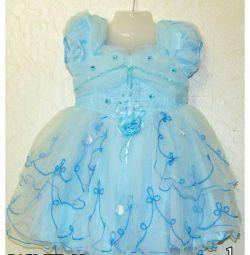 Μωρό μπλε φόρεμα