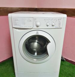 Indesit washing machine 6 kg 2015 year
