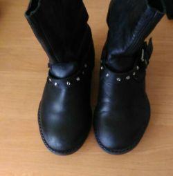 Boots din piele de toamnă 27r