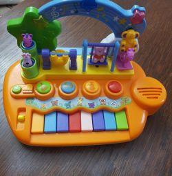 Jucarie pentru pian
