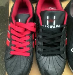 Sneakers 36-40r. New