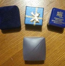 4 cutii pentru bijuterii pentru toate cele 100 r