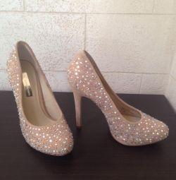 Παπούτσια r. 35