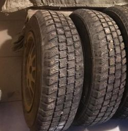 2 wheels r13