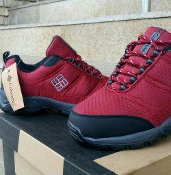 Νέα αθλητικά παπούτσια χειμώνα