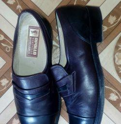 Pantofi din piele pentru bărbați 42 soluție