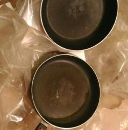 2 τηγάνια, από δεύτερο χέρι