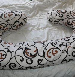 Μαξιλάρι μαξιλαριού σώματος και μαξιλάρι θηλασμού