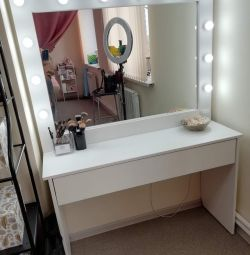 Dressing table with mirror and backlight