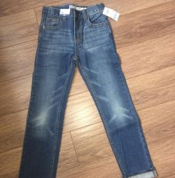 Jeans NEW on the boy AMERICA 135-140