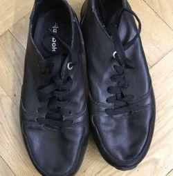 Туфли Reebok для мальчика р.38,5