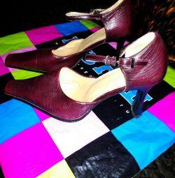 Sandals burgundy