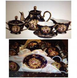 Setul de ceai din Madonna, nou