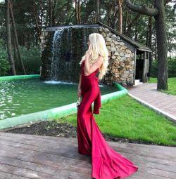 Прокат оренда сукні
