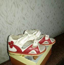 Sandale p23