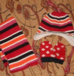 Hat, eșarfă, mănuși pentru 3-4 ani