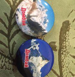 Badges of Dombai