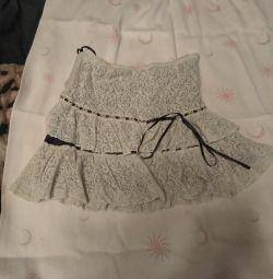 Юбки на девочку можно девушке.Каждая юбка 500 руб.