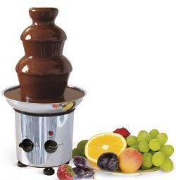 Шоколадний фонтан висотою 28 см.