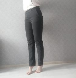 H&M Skinny Pants in Slim S