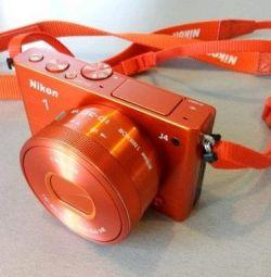 Как новый 2 акб со сменной оптикой Nikon 1 J4 Kit