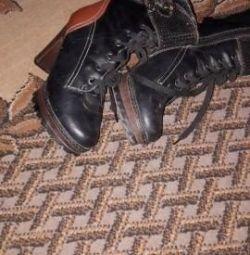 ayak bileği çizmeler