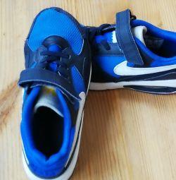 Παιδικά πάνινα παπούτσια NIKE