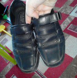 Pantofi pentru modele sport