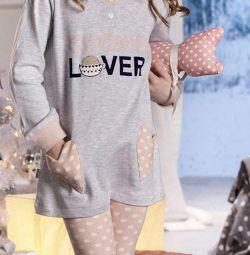 Baby pajamas and nightgowns