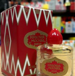 RED MOSCOW parf. water wives. 100 ml.
