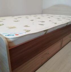 Μονό κρεβάτι με συρτάρια 800 * 2000