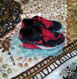 SneakersNike