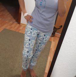Πυτζάμες στο σπίτι