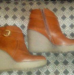 Γυναικείες μπότες γυναικών