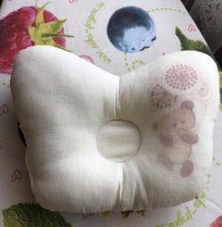 Подушка для новорождeнных