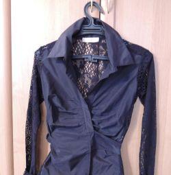 Блузка-рубашка с кружевом
