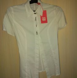 Новая рубашка 42 размер