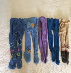 Ciorapi, prețul pentru toți pe două fotografii