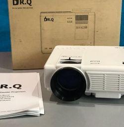 Delivery Projector DR.Q 1800LUM HI-04