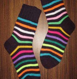 Тёплые красивые шерстяные носки