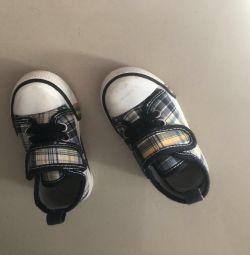 Spor ayakkabı 20r