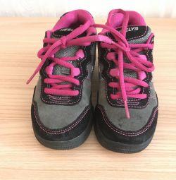 кросівки - ролики Heelys