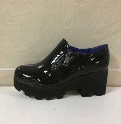 Γυναικεία παπούτσια τέχνης 209