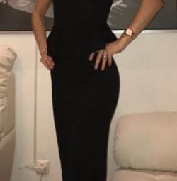 Вечернее трикотажное платье в пол