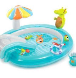 Game center Intex Alligator with a slide. New