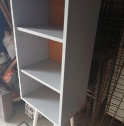 Cabinet with 2 shelves